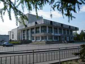 istoriya-i-interesnye-fakty-pro-dzerzhinskij-dramteatr1